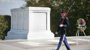 Crowd Laughs at Tomb of Unknown Soldier, Watch Guard Smack Them Down