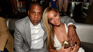 Jay Z and Beyonce' Can't Act Right As AMERICANS… Complete Disrespect Nation and Flag During SuperBowl